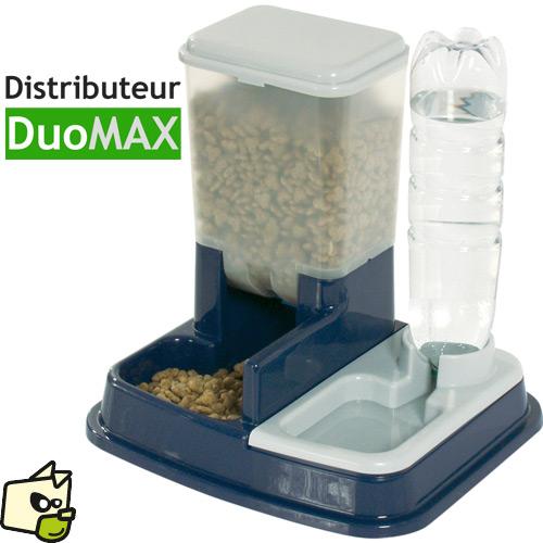 distributeur de croquettes pour chat