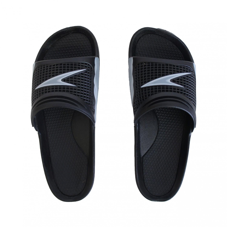 sandale de piscine